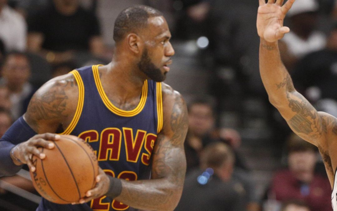 LeBron says he 'feels great,' but Cavs don't look it