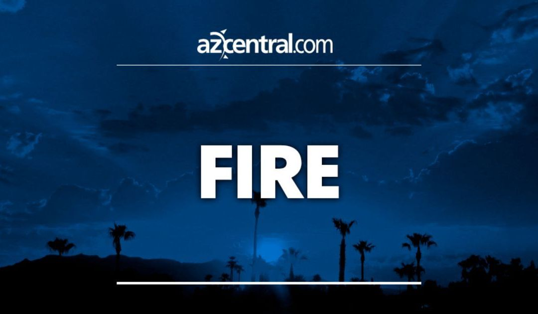 Shed fire spreads to mobile home in Phoenix