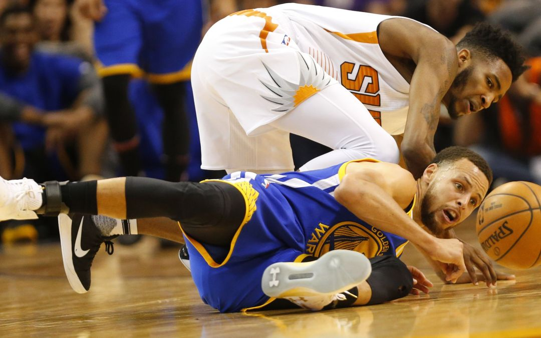 Stephen Curry, Warriors send Suns to 13th straight loss