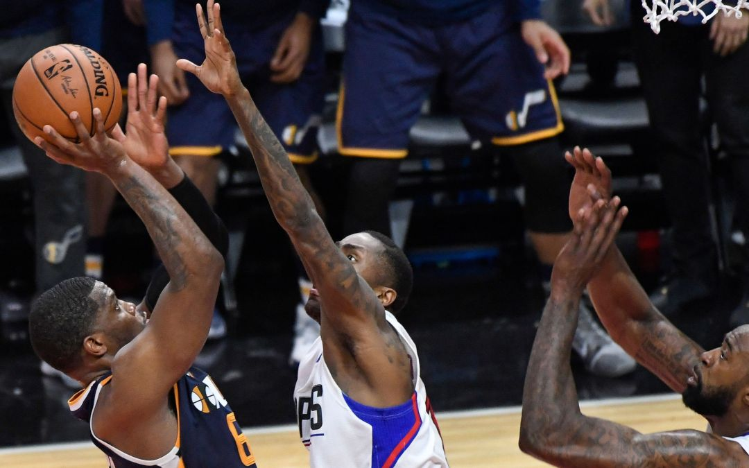 Joe Johnson's buzzer-beater gives Utah Jazz Game 1 win over L.A. Clippers