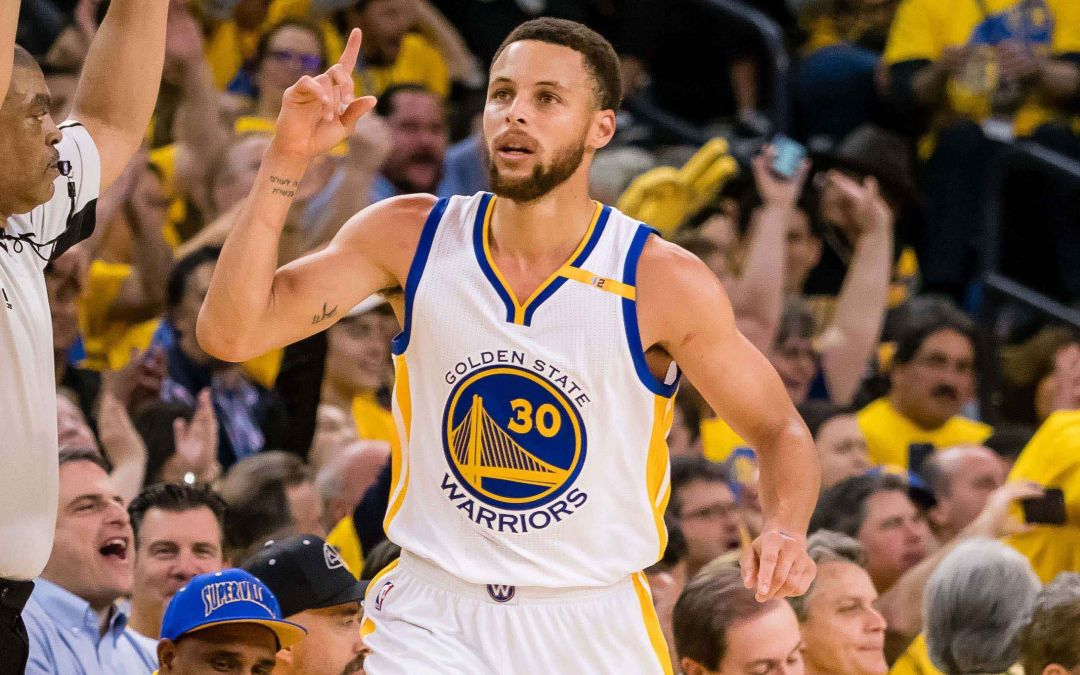 Warriors drub Blazers for 2-0 lead without Durant