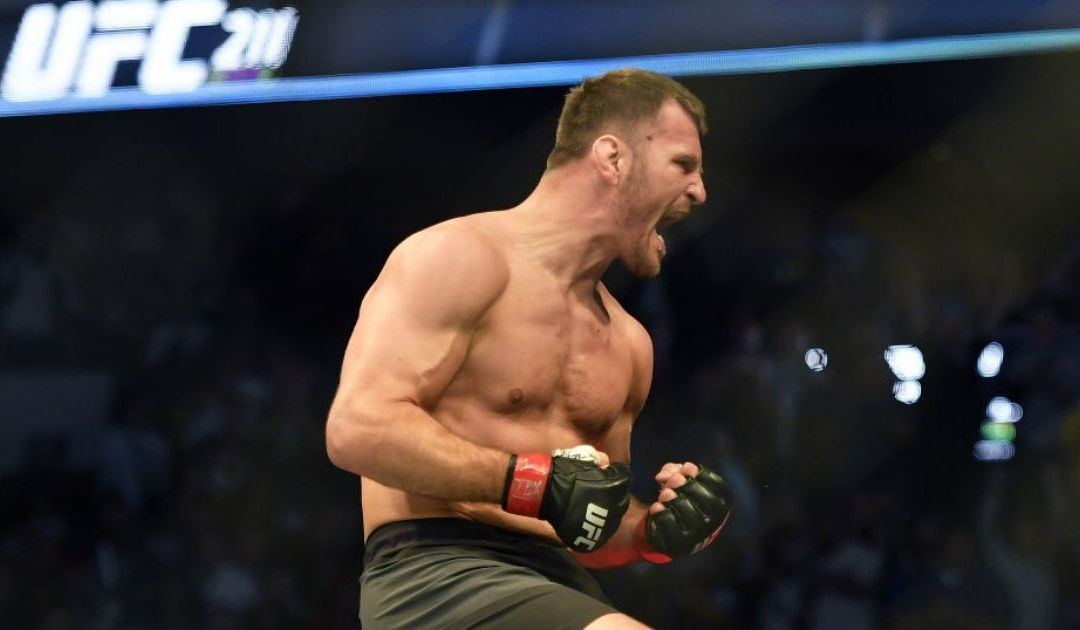 Stipe Miocic retains heavyweight belt with knockout