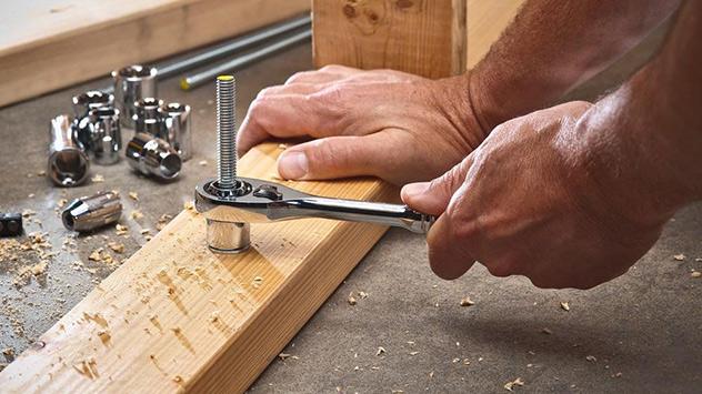 Husky Pass-Through Socket Wrench Set