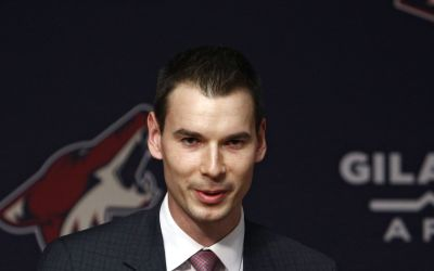 Arizona Coyotes GM John Chayka discusses NHL trade-deadline approach