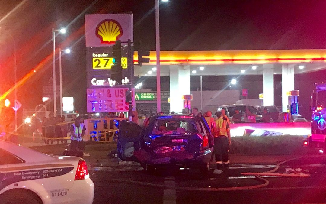 6 critically injured in crash in Phoenix