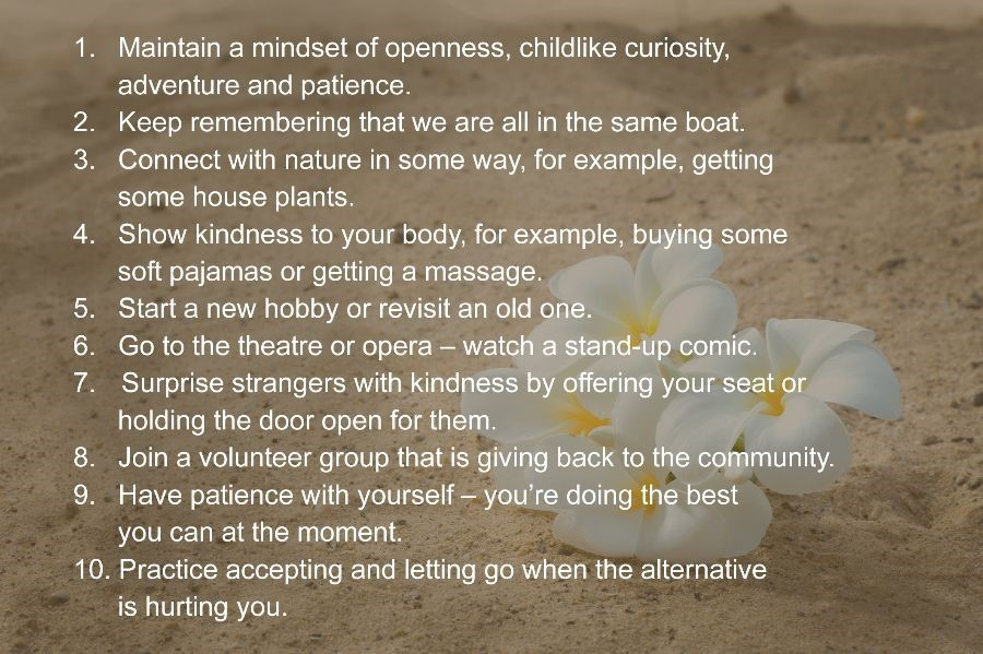 Ten mindfulness tips on a sand background with white and yellow flowers