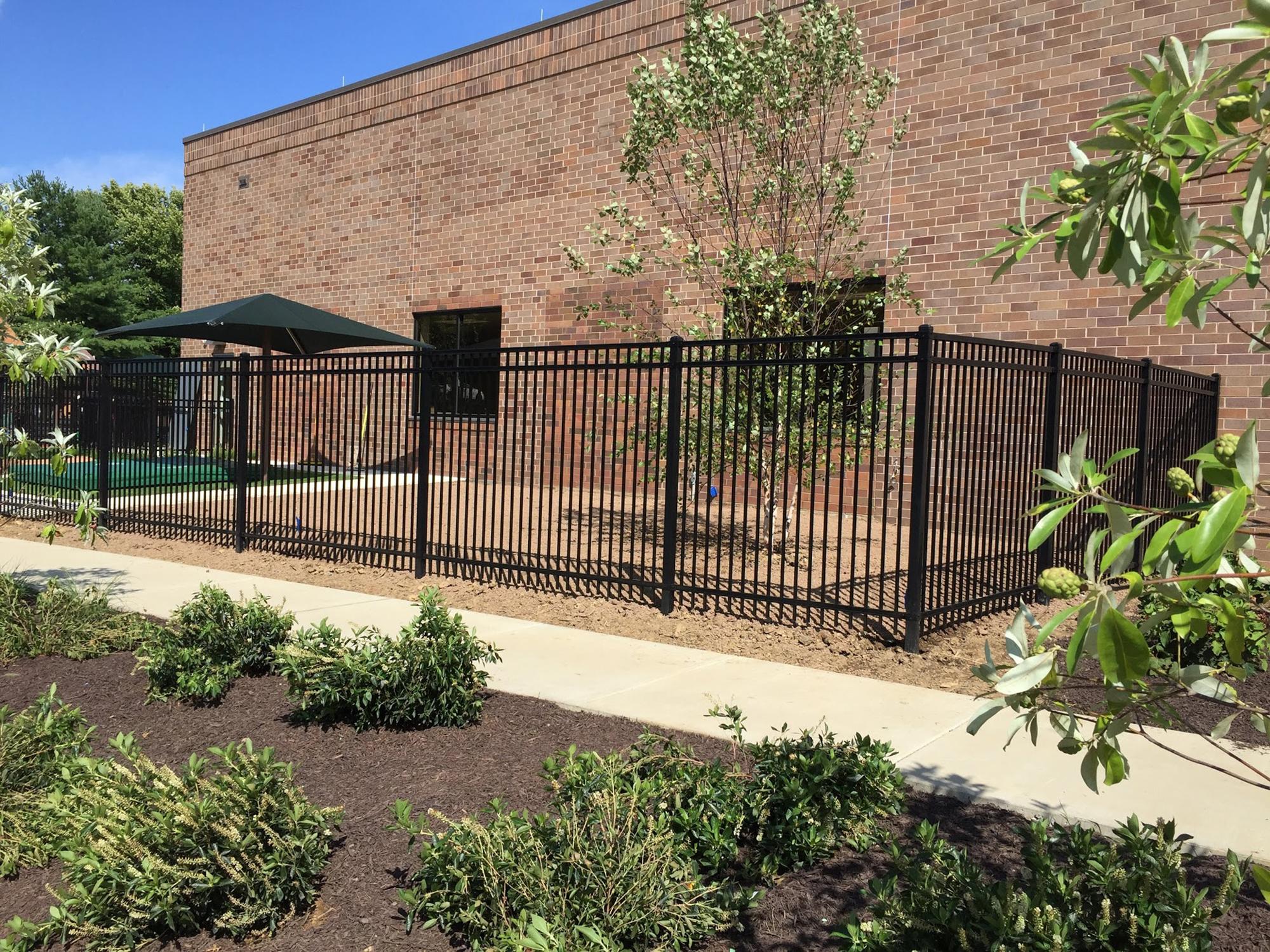 Security Fences Integrous Fences And Decks