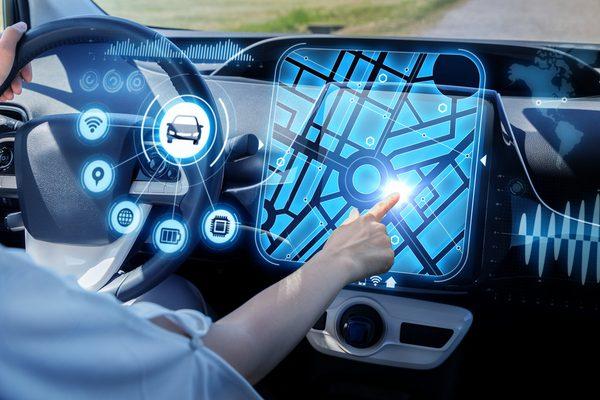 IoT_smart_car_concept