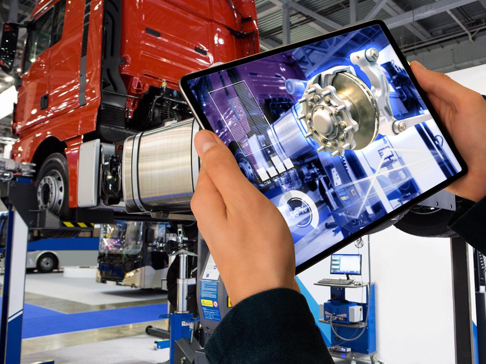 Reparatur eines LKW mithilfe von Augmented Reality