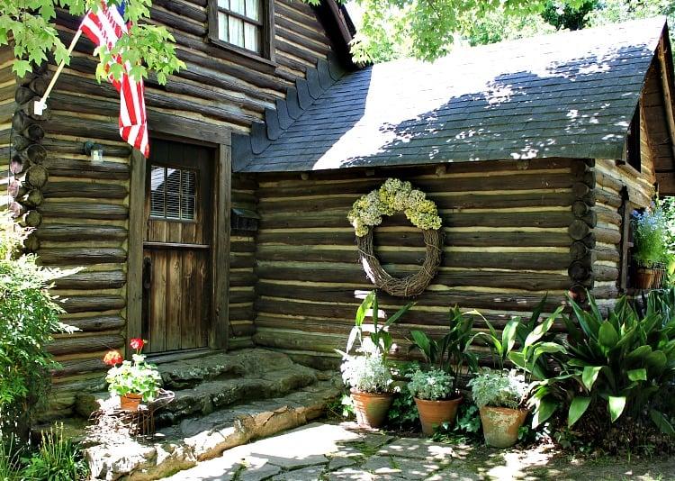 Secret southern Garden Stroll Macon Georgia
