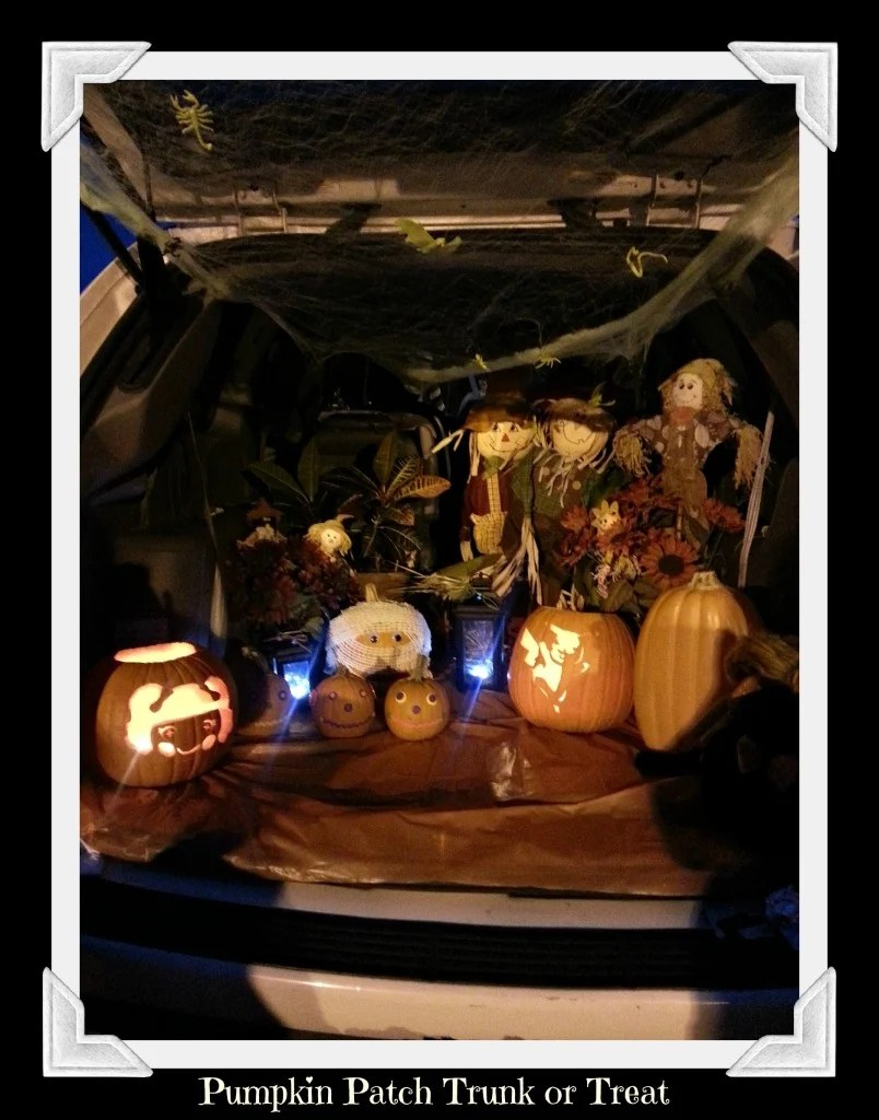 Pumpkin Patch with Scarecrows Trunk or Treat idea.intelligentdomestications.com