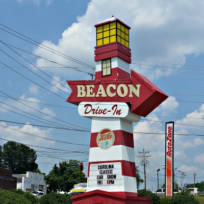 Beacon Drive In on The Hot Dog Tour