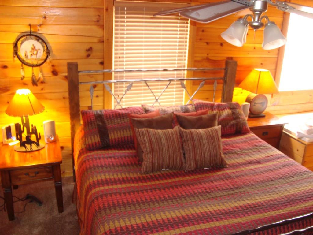 Dakota Lodge Master Suite
