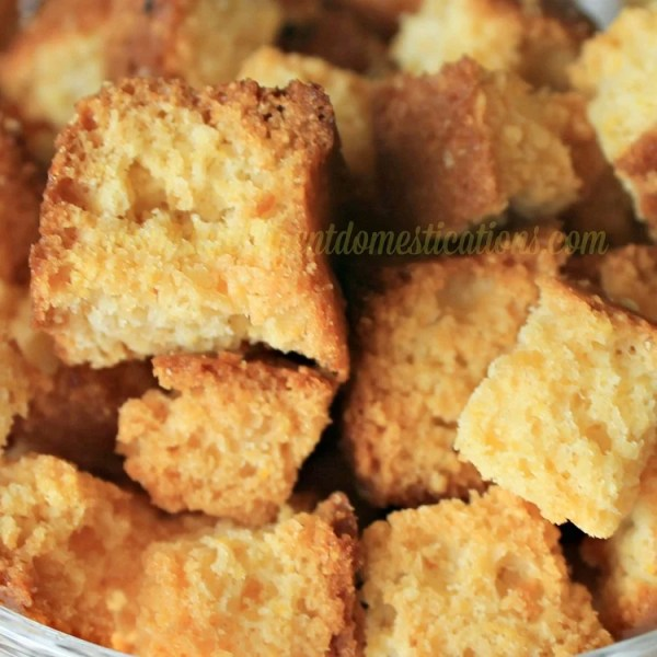 How to make cornbread croutons for your salads and soups