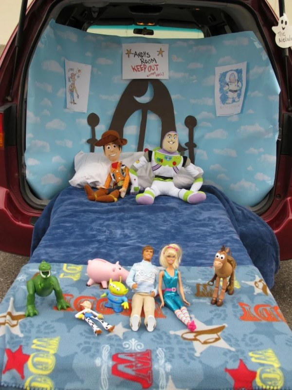 Toy Story Trunk or Treat Theme from Nievuhrs Blog. ..21 Clever Trunk or Treat Ideas.21 Clever Trunk or Treat Ideas. Trunk or Treat design ideas. Trunk or Treat