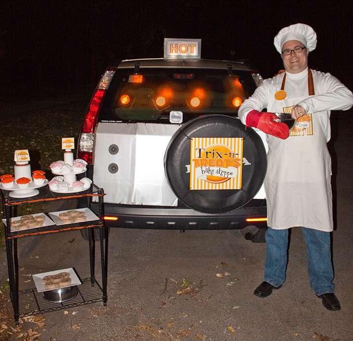 Bakery and Sweet Shoppe Halloween Party Ideas | Photo 1 of 18
