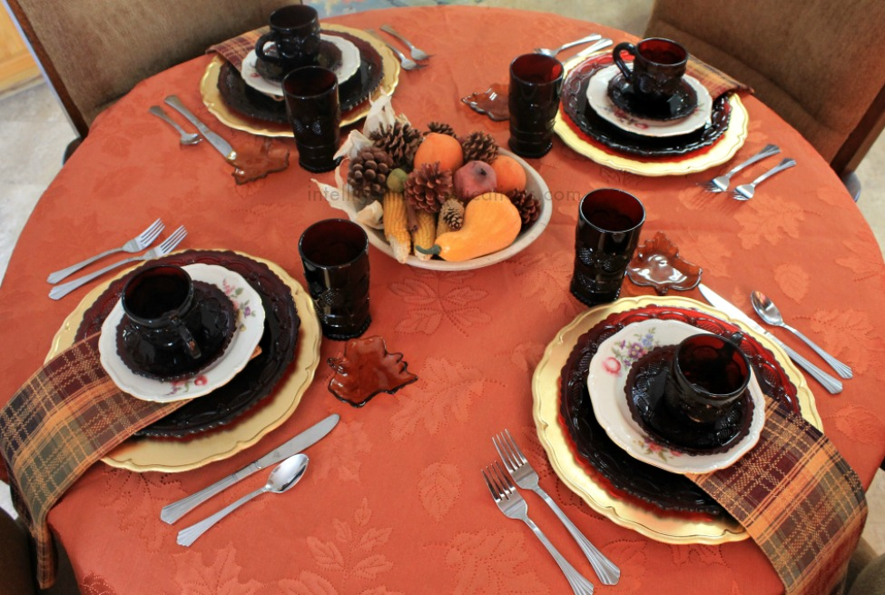 Fall home tour 2015. Tablescape.intelligentdomestications.com
