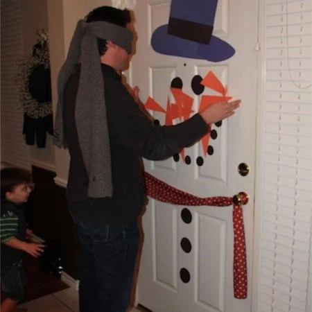 Pin the Carrot on the snowman game