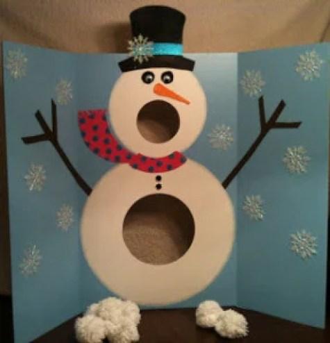 Singing Snowman with pom pom snowballs