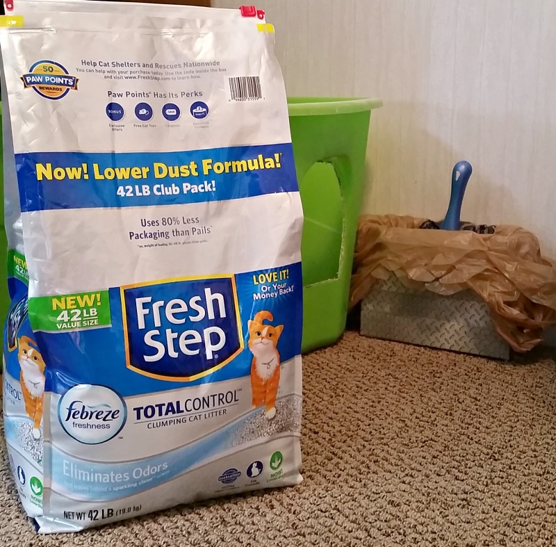 Fresh Step Total Control with the power of febreze clumping litter