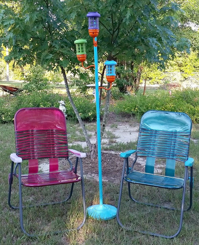 Make your own DIY Solar Standing Lamp for some whimsical outdoor fun. It's an easy outdoor project