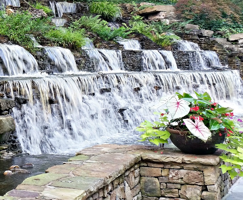 the-beautiful-waterfall-at-the-entrance-to-the-chik-fil-a-home-office-intelligentdomestications-com