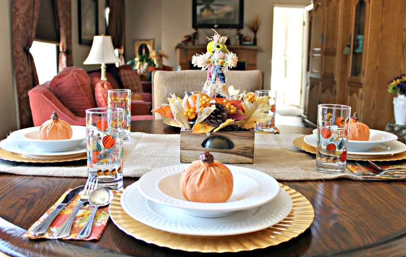 our-fall-home-tour-kitchen-tablescape-2016
