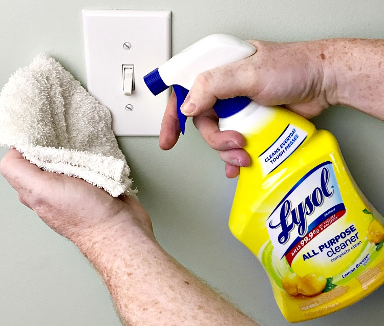 How to take the drudgery out of spring cleaning. Spring cleaning Tips from the Housekeeper. #springcleaning