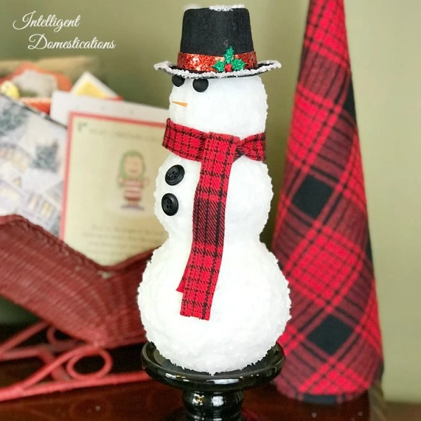 Snowman Home Decor   How To Make An Authentic Looking Snowman Craft Intelligent