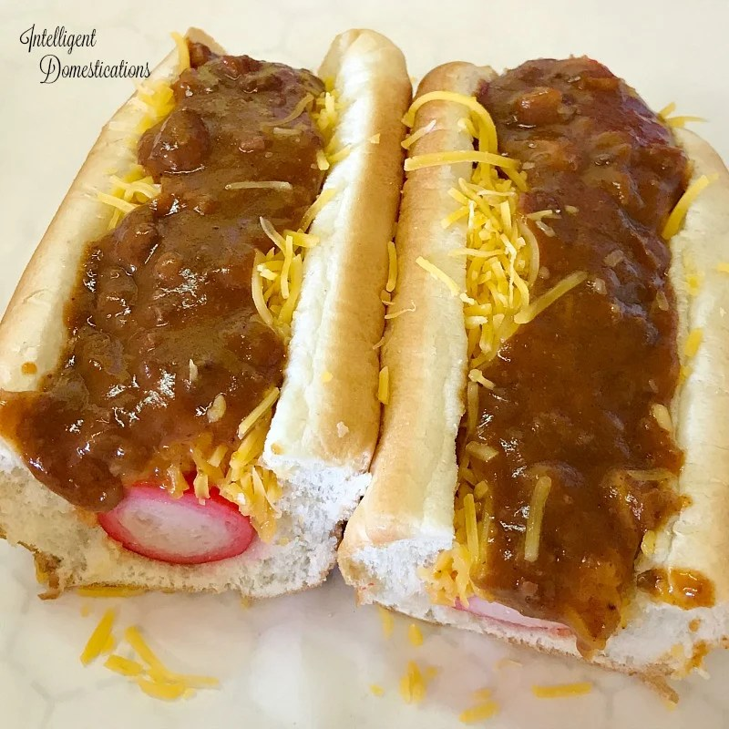 Griffin's Foot Long Hot Dogs Chattanooga, Tn. Review. The Hot Dog Tour stops at Griffin's Foot Long Hot Dogs.