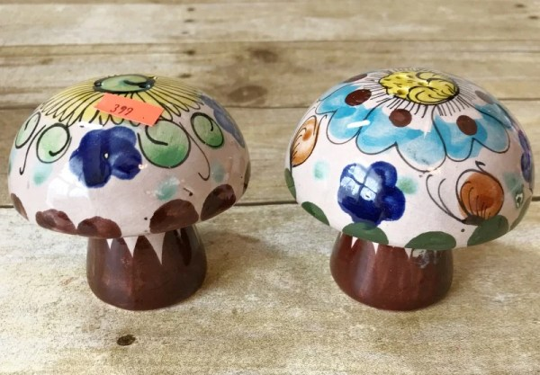 How to turn a vintage mushroom salt and pepper set into Fairy Garden Mushrooms. DIY Fairy Garden accessories. Simple ways to make your own oversized Fairy Garden Accessories. #fairygarden #fairygardenmushrooms #fairygardentoadstools