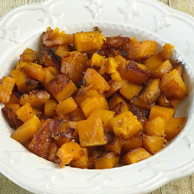 How to cook Roasted Butternut Squash. Easy Roasted Butternut Squash recipe. Delicious Fall side dish. #butternutsquash #sidedish #easyrecipe #recipe #fallfood #squashrecipe