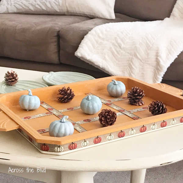 How to make a Fall Tic Tac Toe Game Board using pumpkins and pinecones