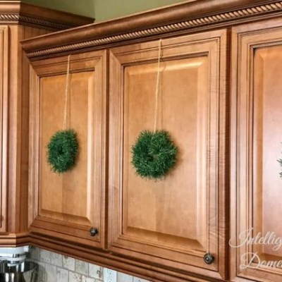 Make Your Own Mini Wreaths for Kitchen Cabinets