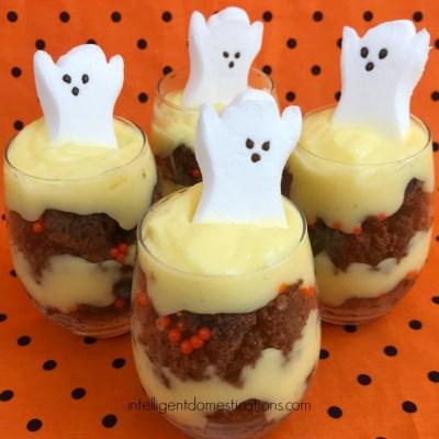 Halloween Brownie Parfaits #HalloweenTreatsWeek