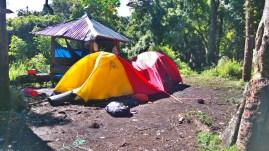 Tenda #korbanbabitambora
