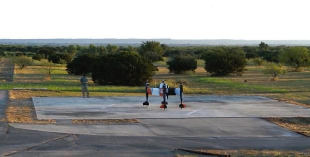 Xem một máy bay không người lái chở hàng tự động khổng lồ hoàn thành chuyến bay đầu tiên