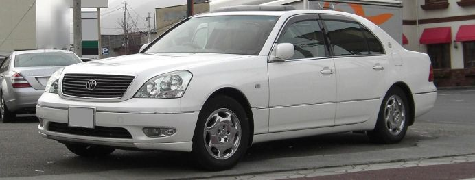 1280px-2000-2003_Toyota_Celsior