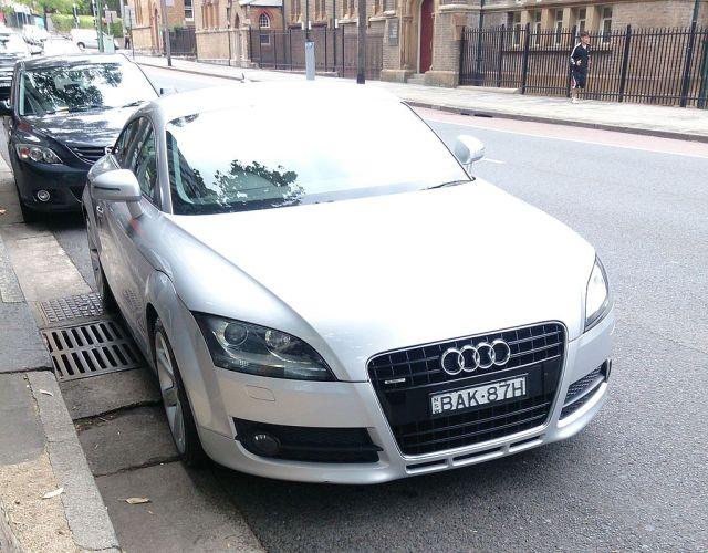 2007_Audi_TT_(8J)_3.2_quattro_coupe_(13104068323)