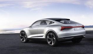 2017-audi-e-tron-sportback-concept-7 (1)