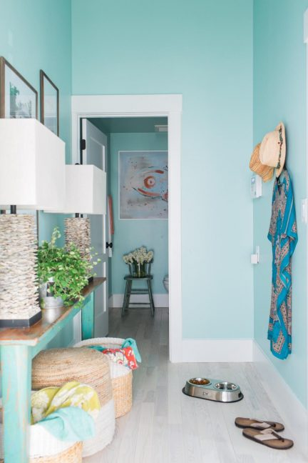 Mudroom paint color ideas for Garage significato