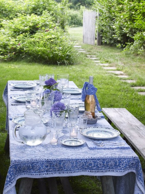 outdoor table decorating ideas
