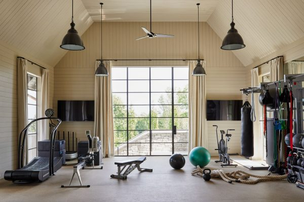 Monochromatic Decorating, home gym