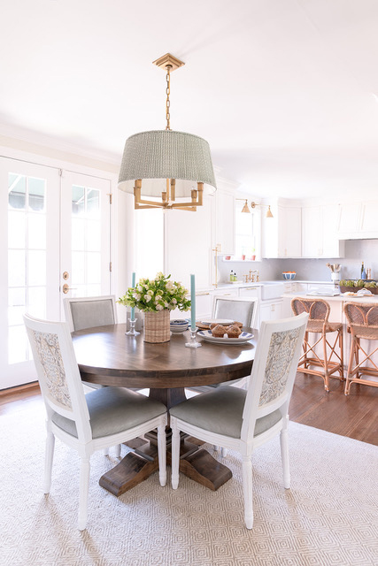 Wood and natural textures, Dining Area, Benjamin Moore: Feather Down