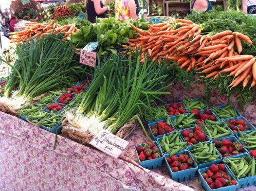 Westmoreland Farmers Market, Portland, OR | Intentional Travelers