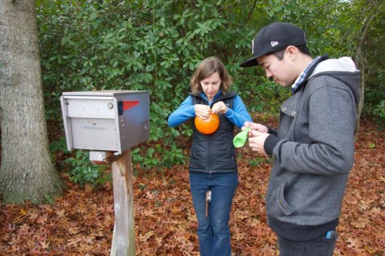 Finding amazing geocaches with a cousin
