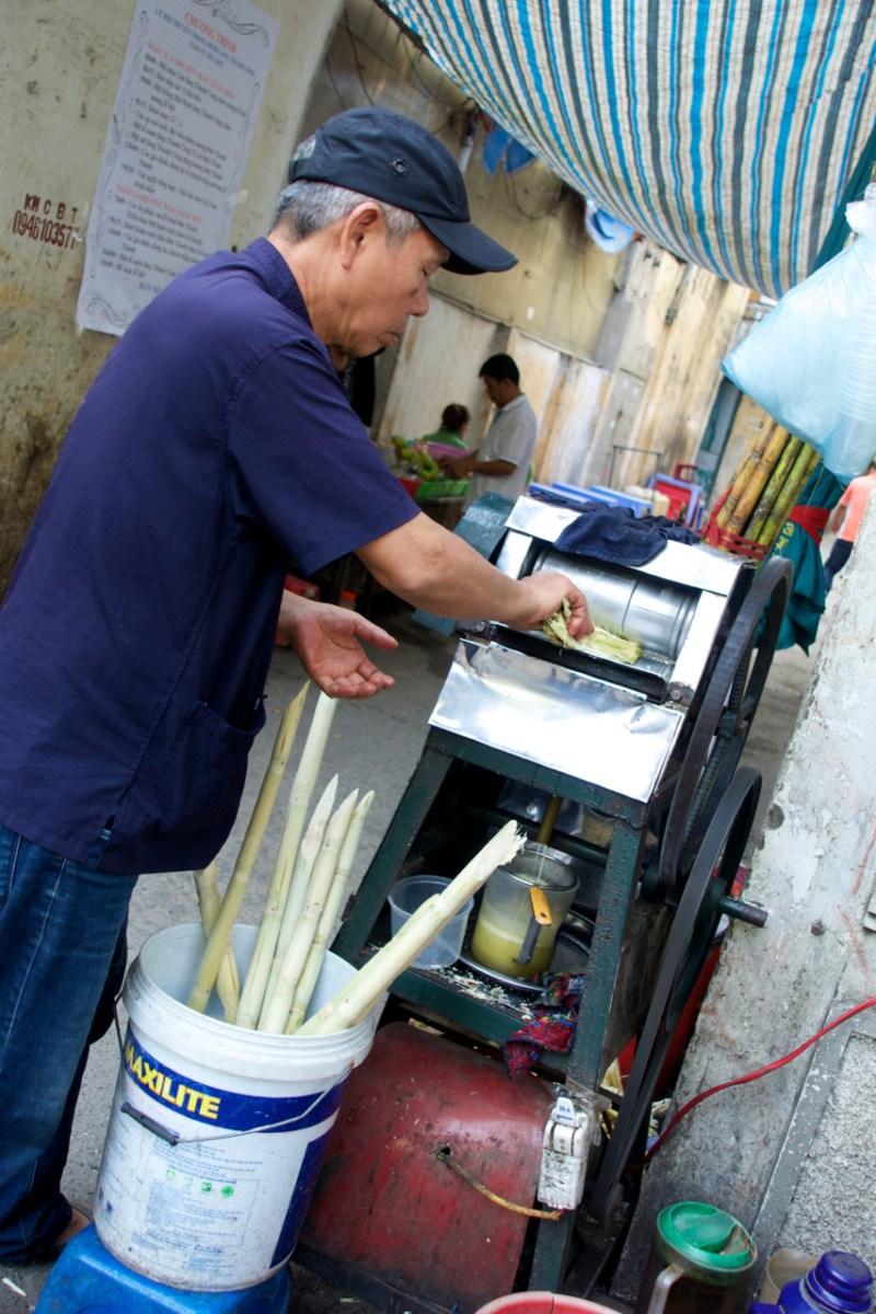 Intentional-Travelers-Hanoi-Sugar-Cane-Juice
