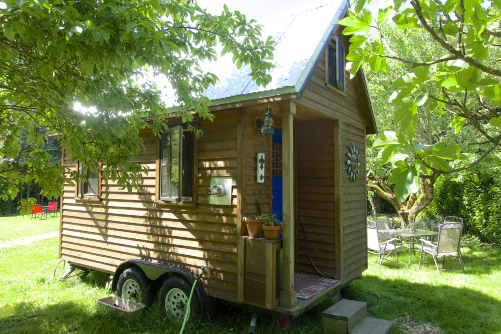 Our Tiny House Sit: Trying Tiny On For Size | Intentional Travelers