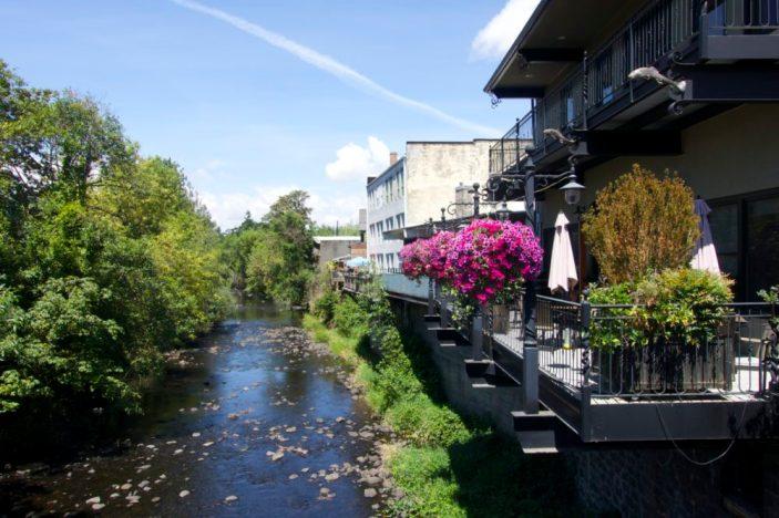 Silverton Oregon Staycation | Intentional Travelers