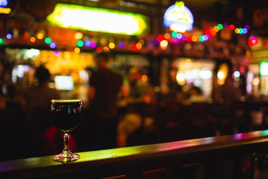 Horse Brass Pub | A Photographer's Tour of Portland | Kapono Photoworks via Intentional Travelers